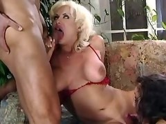 Guy chick and tranny have some dick sucking fun