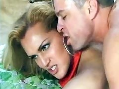 Luxurious shemale catching sperm in mouth after fucking