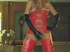 Dude sucks cock of shemale in red leather boots