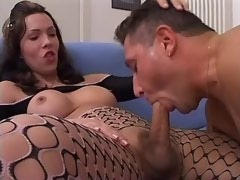 Beautiful shemale gets blowjob n cumshot from dude