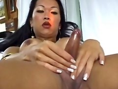 Lonely asian shemale masturbates and cums in bed