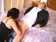 Brunette tranny sucks cock in hotel